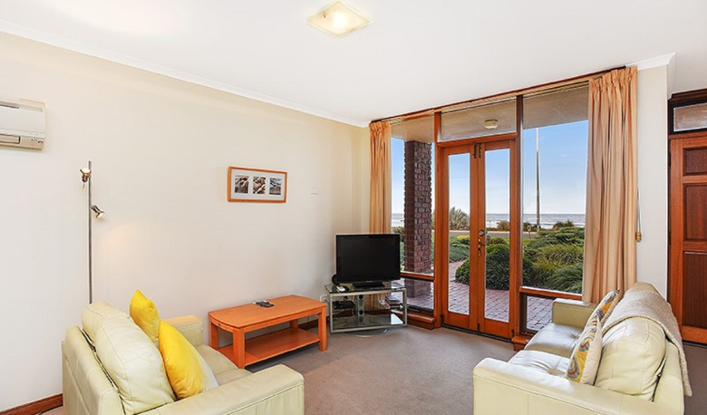 Accommodation Image for Franklin Beachfront