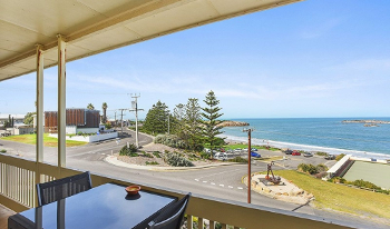 Accommodation Image for The Dolphins Beachfront
