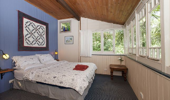Accommodation Image for White Gum Cottage