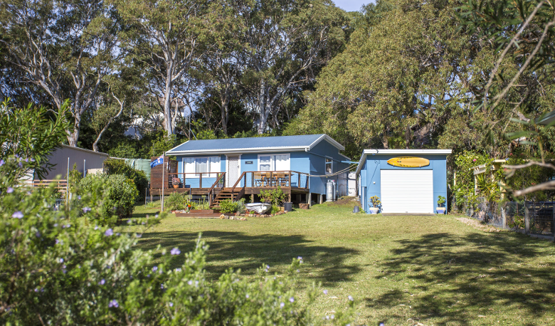 Accommodation Image for Retro Beach Cottage