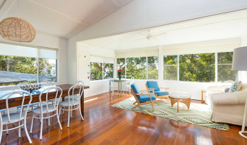Accommodation Image for Cabbage Tree Cottage
