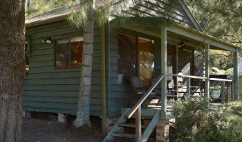 Accommodation Image for Cabin 23 Caddyshack
