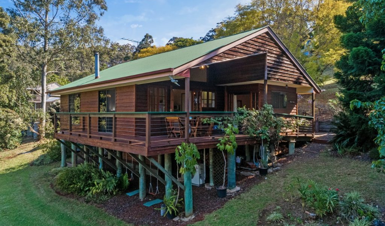 Accommodation Image for Cedar Lodge