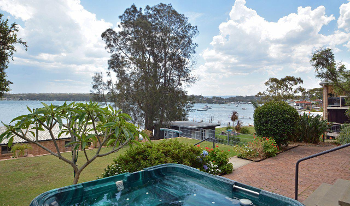Accommodation Image for House on the Lake