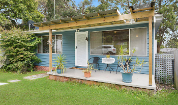 Accommodation Image for Budgewoi Pet Friendly