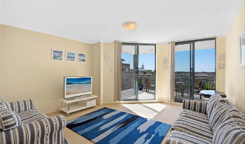 Accommodation Image for Twin Shores 67