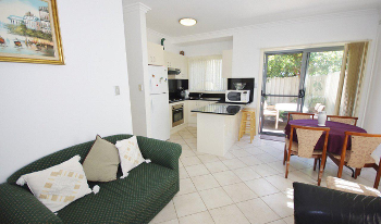 Accommodation Image for Toowoon Bay Townhouse 1