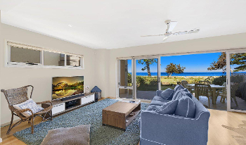 Accommodation Image for Noraville On The Beach