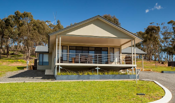 Accommodation Image for Neagles Retreat Villa