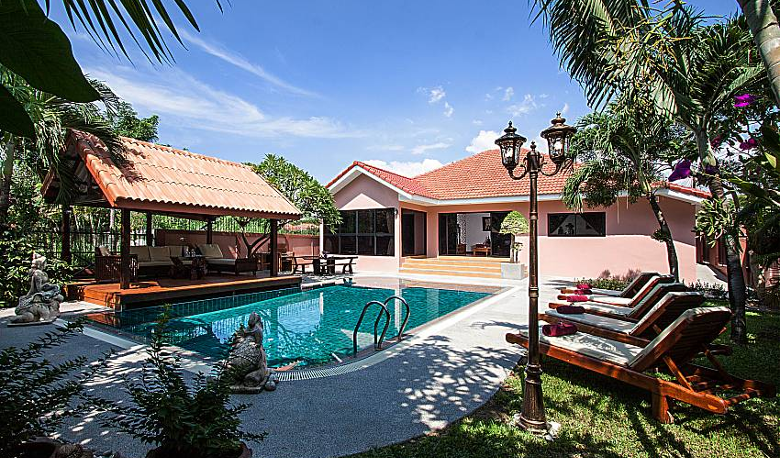 Accommodation Image for Baan Chatmanee