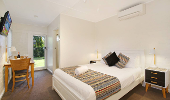 Accommodation Image for Benson Lodge 1 Bedroom