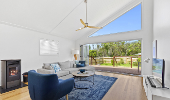 Accommodation Image for Blue Sky Beach House