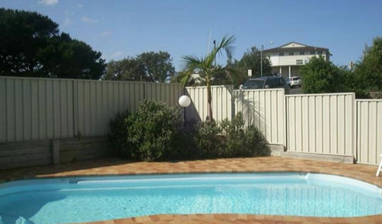 Accommodation Image for 3/1 Beach Road