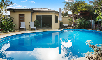 Accommodation Image for Pool and Garden