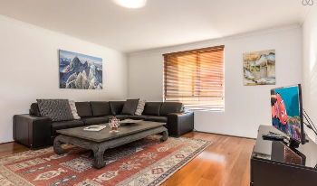 Accommodation Image for 3Level, 1Bedroom Apartment