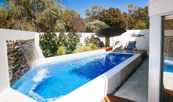 Accommodation Image for Eagle Bay Beach Retreat