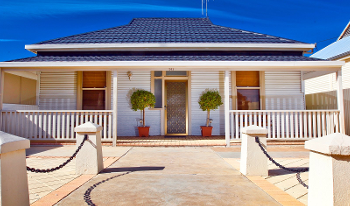 Accommodation Image for Emaroo Cottage On Williams