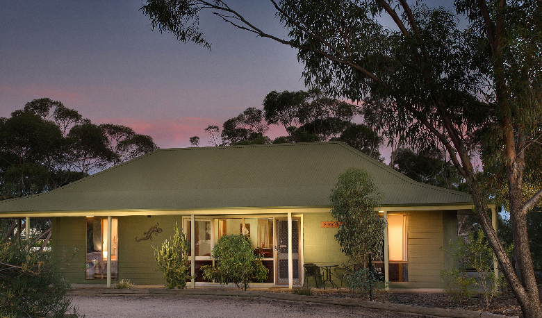 Accommodation Image for Riverbush Cottages