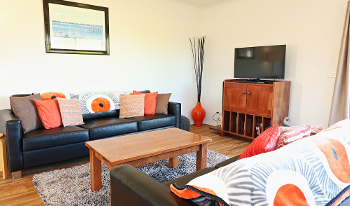 Accommodation Image for Beachcomber Apartments