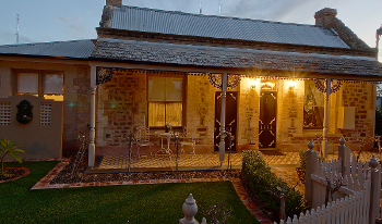 Accommodation Image for Amelia's Bed and Breakfast