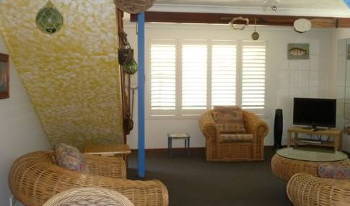 Accommodation Image for Sails Beach House Apartment