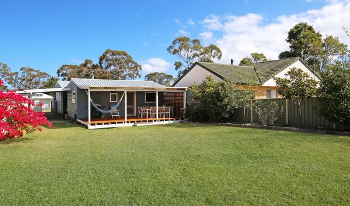 Accommodation Image for Hayes Beach House