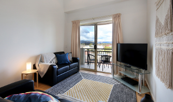 Accommodation Image for Hills View