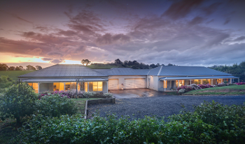 Accommodation Image for Emerald Cottage