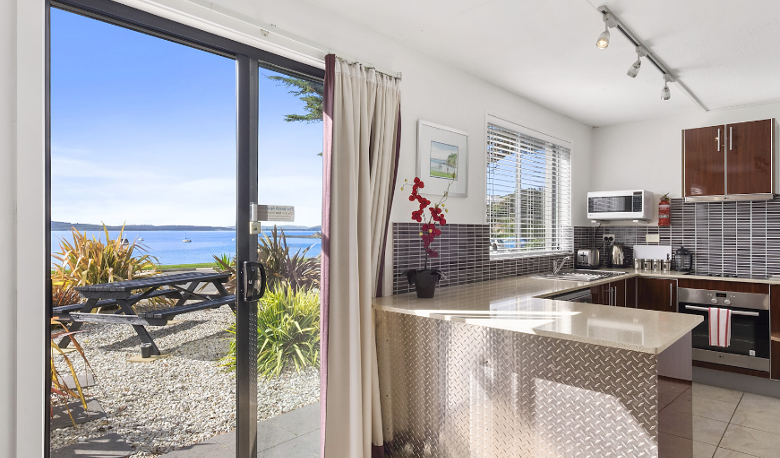 Accommodation Image for The Beachfront Apartment