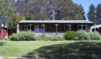Accommodation Image for Cedar Lodge Cabins