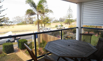 Accommodation Image for Clovelly Beach Townhouse