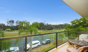 Accommodation Image for Lawson Beachfront
