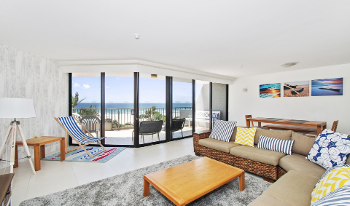 Accommodation Image for The Rocks Resort 3C