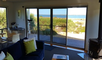 Accommodation Image for Coorong Waterfront Retreat