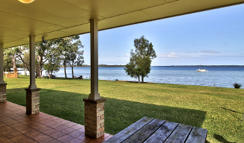 Accommodation Image for Island View StGeorges Cabin