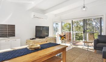 Accommodation Image for Orion Beach Cottage
