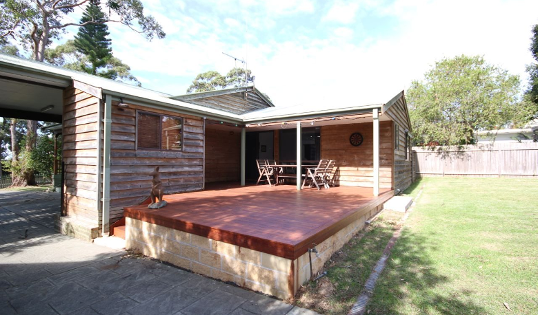 Accommodation Image for Burrill's Cedar Cottage