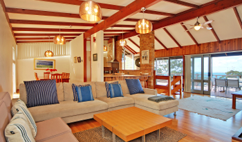 Accommodation Image for Sea View Lodge