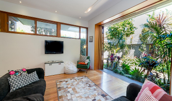 Accommodation Image for BRONTE DICKSON ST17(H)