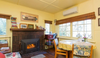 Accommodation Image for Classic Cottage