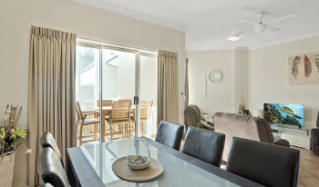 Accommodation Image for Palm Beach Holiday Resort